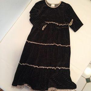 Black Gold Velvet Twirl Girls Dress Size 160 / 14G